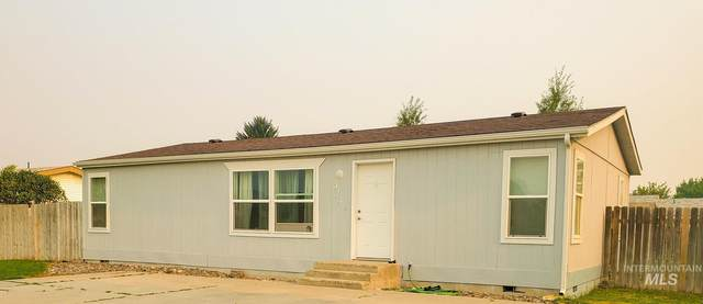 924 E 19th St, Burley, ID 83318 (MLS #98807715) :: Team One Group Real Estate