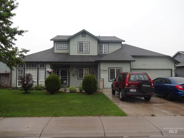 1300 Owyhee Ave, Nampa, ID 83651 (MLS #98807718) :: New View Team