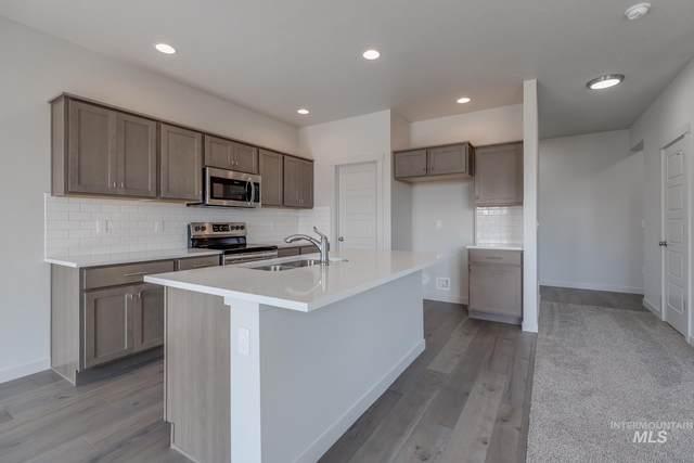 262 S Riggs Spring Ave, Meridian, ID 83642 (MLS #98807745) :: Build Idaho