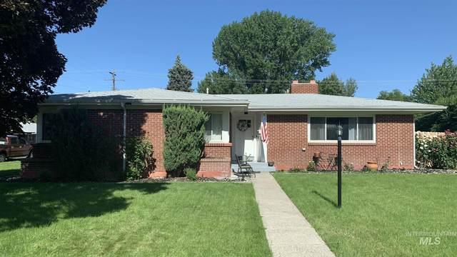 890 N 8th East Street, Mountain Home, ID 83647 (MLS #98807767) :: Beasley Realty