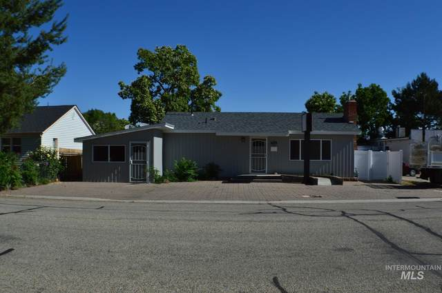 5016 W Morris Hills Ave, Boise, ID 83706 (MLS #98807768) :: Silvercreek Realty Group