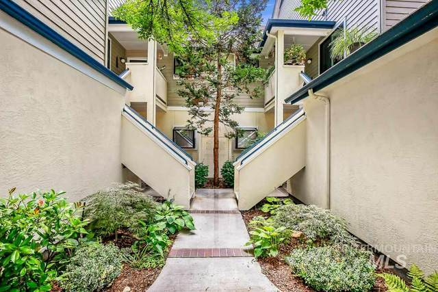 905 E Riverpark Ln, Boise, ID 83706 (MLS #98807797) :: Build Idaho
