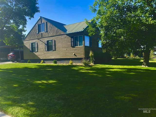 311 NW 7th St, Ontario, OR 97914 (MLS #98807802) :: Full Sail Real Estate