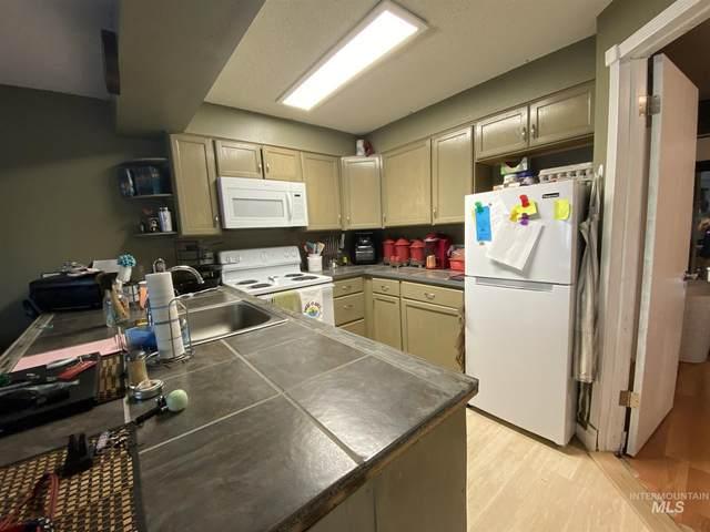 557 Park Street #11, Lewiston, ID 83501 (MLS #98807849) :: Juniper Realty Group