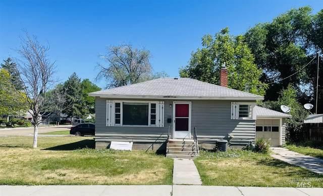 1104 E Dewey Ave, Nampa, ID 83686 (MLS #98807891) :: Haith Real Estate Team