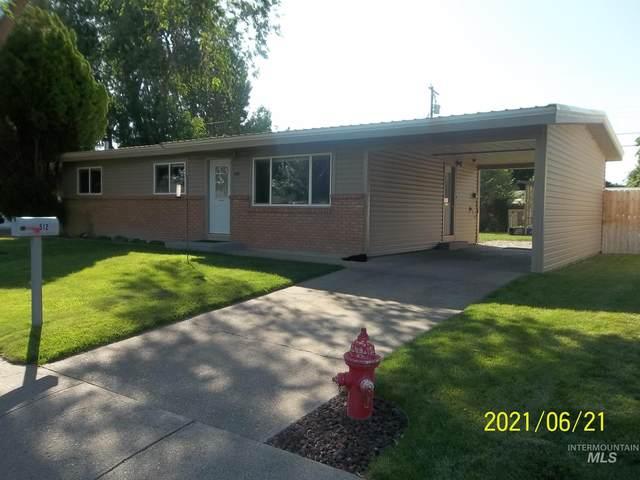 512 W 2nd North, Mountain Home, ID 83647 (MLS #98807961) :: Jon Gosche Real Estate, LLC
