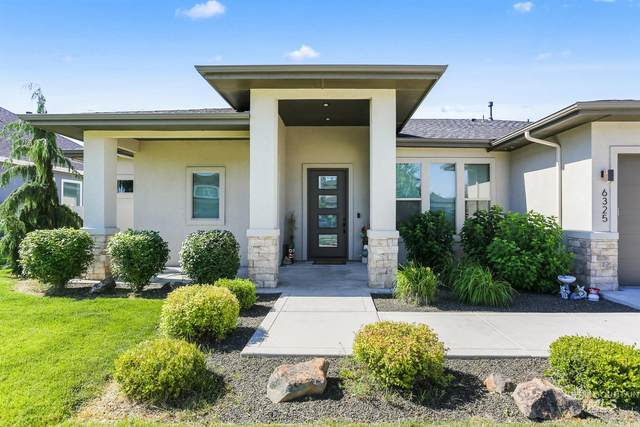 6325 W Donatella St, Eagle, ID 83616 (MLS #98807975) :: Bafundi Real Estate