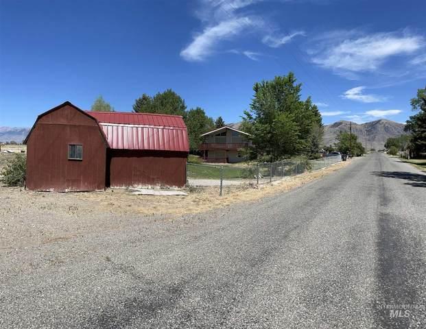 3356 W 2700 N, Moore, ID 83255 (MLS #98808098) :: Bafundi Real Estate