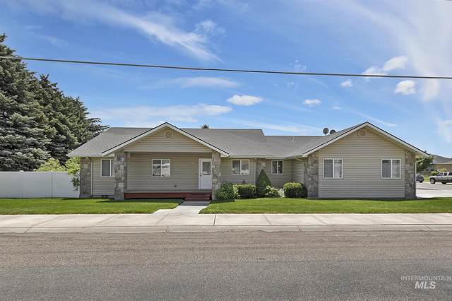 515 14th Ave W, Gooding, ID 83330 (MLS #98808216) :: Navigate Real Estate