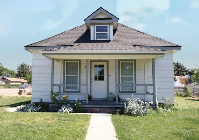128 14th Ave, Nampa, ID 83687 (MLS #98808274) :: Boise Valley Real Estate