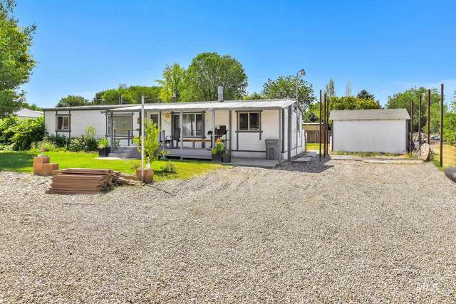 11233 George St, Nampa, ID 83651 (MLS #98808340) :: Bafundi Real Estate