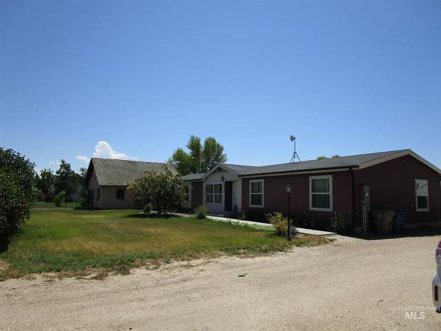 5863 3rd, Nampa, ID 83686 (MLS #98808375) :: Story Real Estate