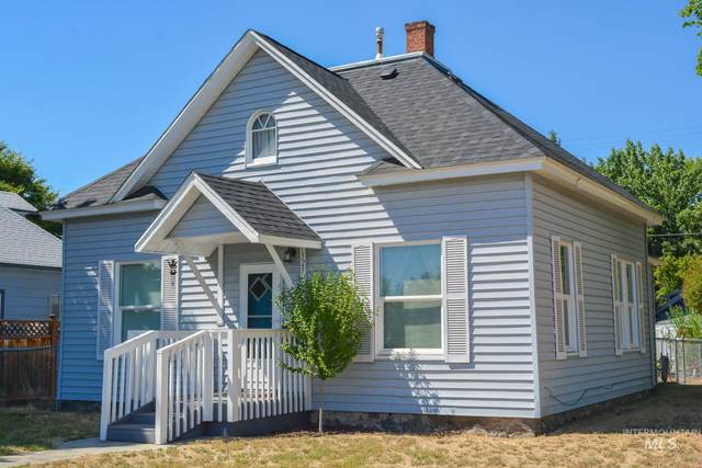 1327 10th Avenue, Lewiston, ID 83501 (MLS #98808388) :: Team One Group Real Estate