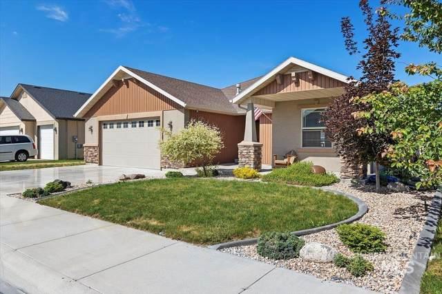 917 Starlight Loop, Twin Falls, ID 83301 (MLS #98808453) :: Story Real Estate