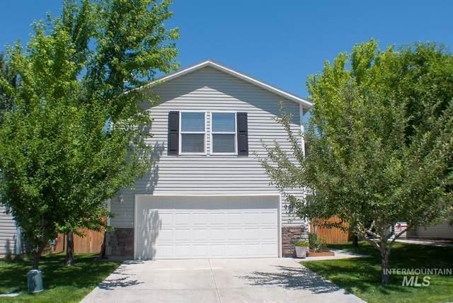 9564 W Weir Hollis Dr, Boise, ID 83709 (MLS #98808474) :: Bafundi Real Estate