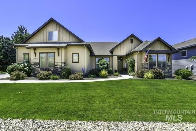 12077 W Pinewood River Lane, Star, ID 83669 (MLS #98808508) :: Idaho Life Real Estate