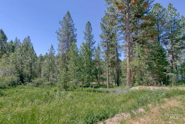 37 Shady Pine Way, Cascade, ID 83611 (MLS #98808796) :: Silvercreek Realty Group