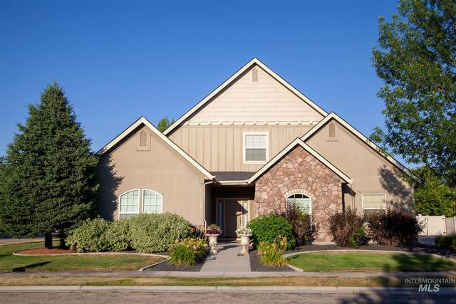 724 N Cactus Creek Ave, Eagle, ID 83616 (MLS #98808884) :: Silvercreek Realty Group