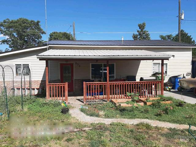 658 NW 3rd Street Na, Ontario, OR 97914 (MLS #98808910) :: The Bean Team