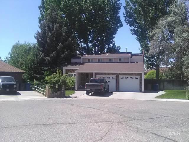 1085 Teal Circle, Mountain Home, ID 83647 (MLS #98808913) :: Haith Real Estate Team