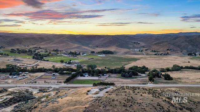 13340 N Horseshoe Bend, Boise, ID 83714 (MLS #98809414) :: Team One Group Real Estate