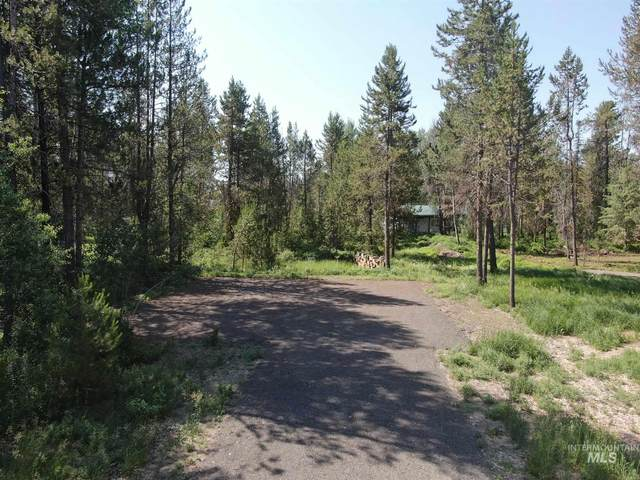 167 Boulder Place, Donnelly, ID 83615 (MLS #98809502) :: Build Idaho
