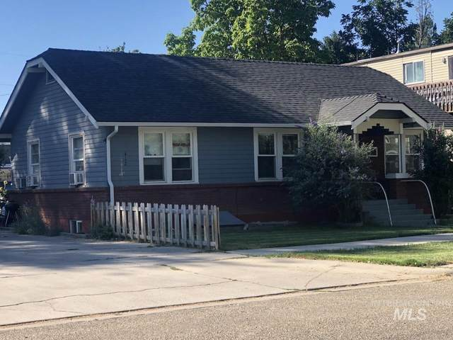 412 15th Ave S, Nampa, ID 83651 (MLS #98809586) :: Juniper Realty Group