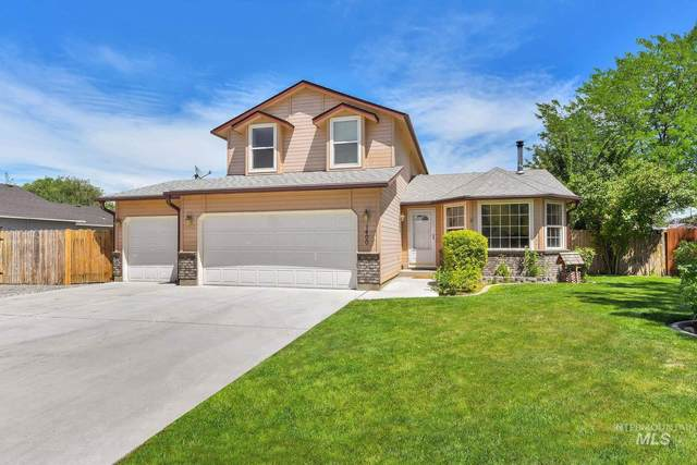 1400 Willow Creek Dr, Nampa, ID 83686 (MLS #98809661) :: Story Real Estate