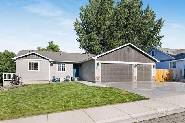 2705 S Pine Bar Way, Meridian, ID 83642 (MLS #98809665) :: Michael Ryan Real Estate