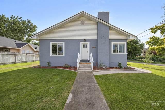 1303 Holly Street, Nampa, ID 83686 (MLS #98809844) :: Build Idaho