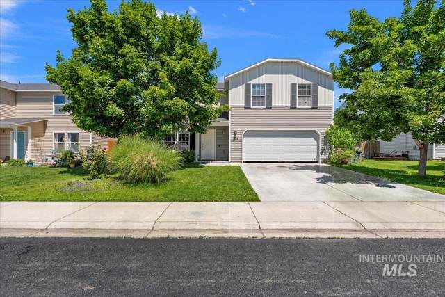 436 E Rose Lake Dr, Middleton, ID 83644 (MLS #98809850) :: Team One Group Real Estate