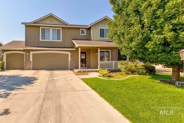 8211 E Selway Ct, Nampa, ID 83687 (MLS #98810112) :: Bafundi Real Estate