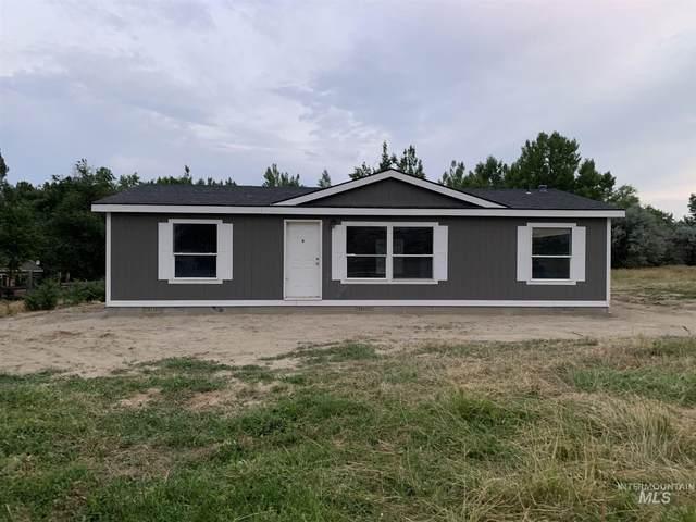 2835 State Hwy 19, Homedale, ID 83628 (MLS #98810209) :: Boise River Realty