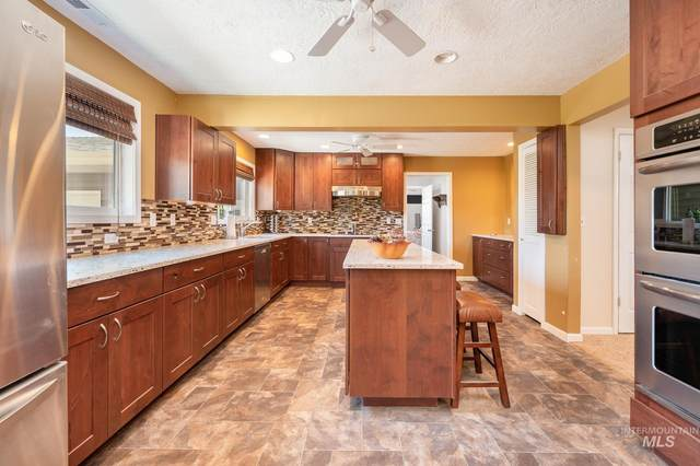 11545 W Kuna Rd, Kuna, ID 83634 (MLS #98810266) :: Boise Home Pros