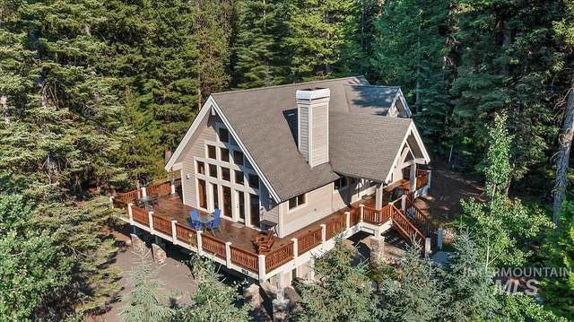 912 Camas Place, Mccall, ID 83638 (MLS #98810359) :: City of Trees Real Estate