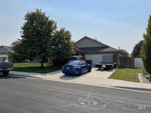 361 Meadowview Lane, Twin Falls, ID 83301 (MLS #98810494) :: Juniper Realty Group