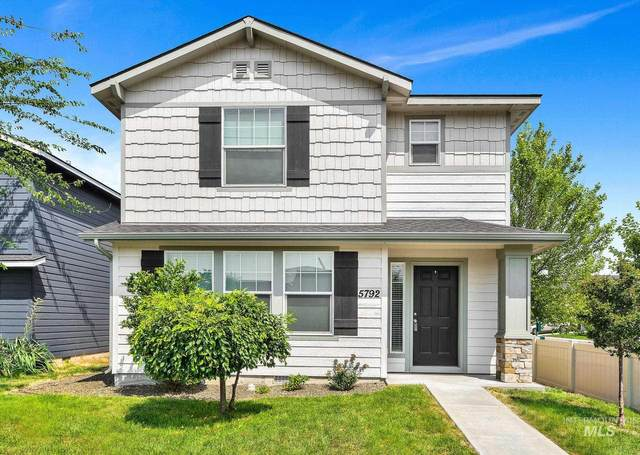 5792 S Pepperview Way, Boise, ID 83709 (MLS #98810548) :: The Bean Team