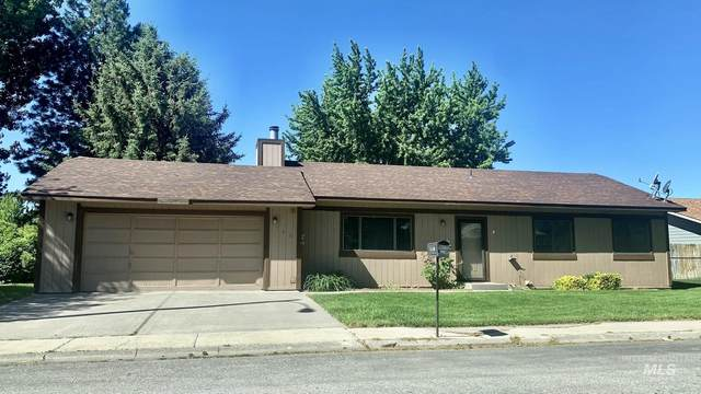 745 W 12th South, Mountain Home, ID 83647 (MLS #98810600) :: Haith Real Estate Team