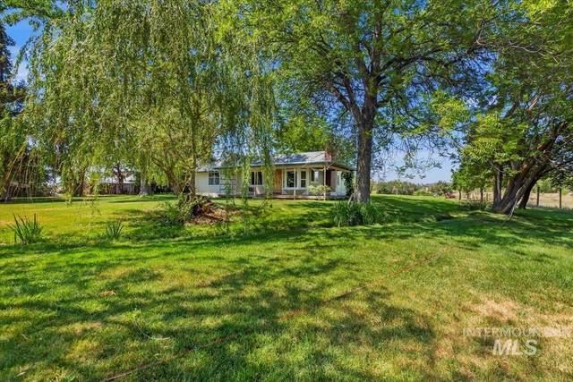 6390 W Beacon Light, Eagle, ID 83716 (MLS #98810684) :: Haith Real Estate Team