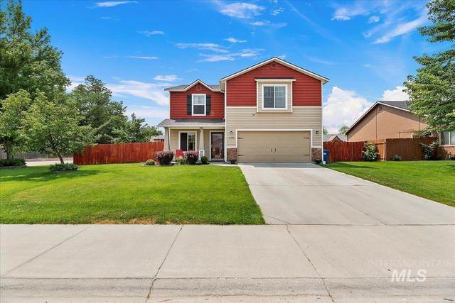 1131 SW Independence, Mountain Home, ID 83647 (MLS #98810742) :: Team One Group Real Estate