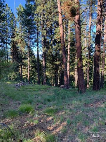 220 4th St, Cascade, ID 83611 (MLS #98810757) :: First Service Group