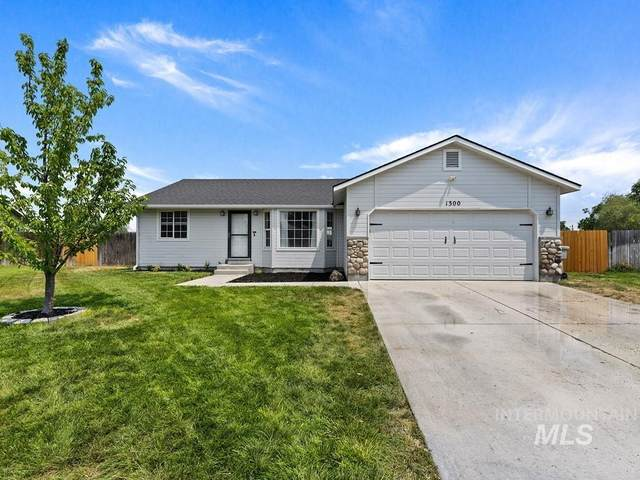 1300 Willow Creek Dr., Nampa, ID 83686 (MLS #98811050) :: Story Real Estate