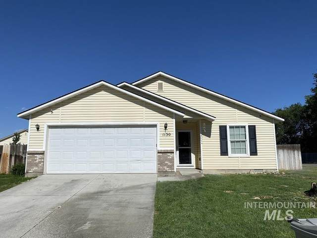 1130 SW Independence, Mountain Home, ID 83647 (MLS #98811052) :: Team One Group Real Estate