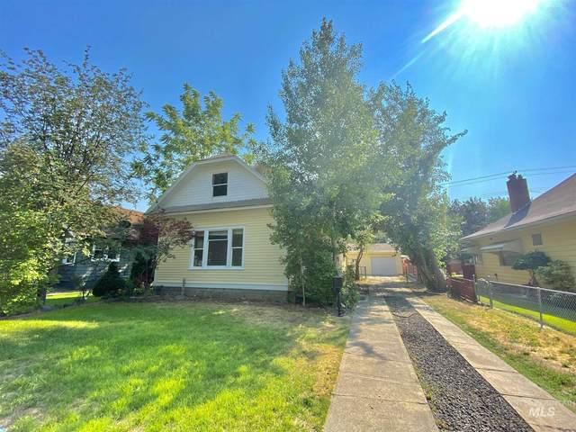 242 8th Ave E, Twin Falls, ID 83301 (MLS #98811108) :: Silvercreek Realty Group