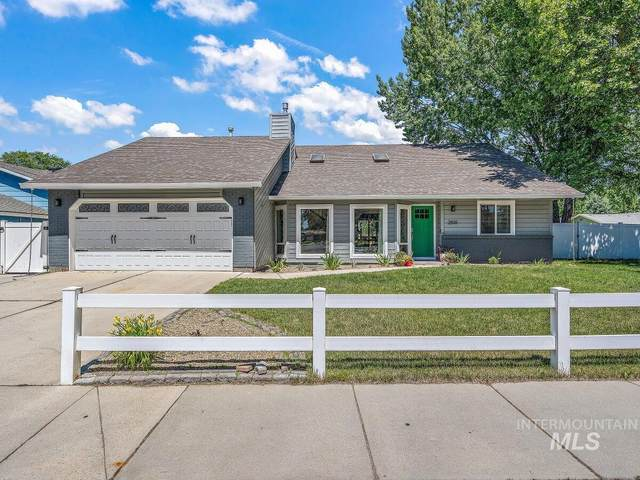 2510 W Chateau Dr, Meridian, ID 83642 (MLS #98811294) :: Juniper Realty Group