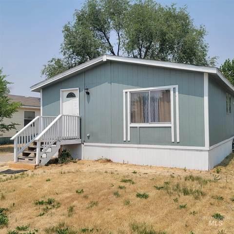 41 NW Barlington, Mountain Home, ID 83647 (MLS #98811364) :: Full Sail Real Estate