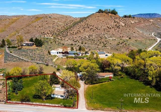 5810 W Hill Rd, Boise, ID 83703 (MLS #98811393) :: Build Idaho