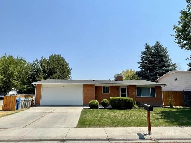 4140 N Liesel Place, Boise, ID 83704 (MLS #98811440) :: The Bean Team