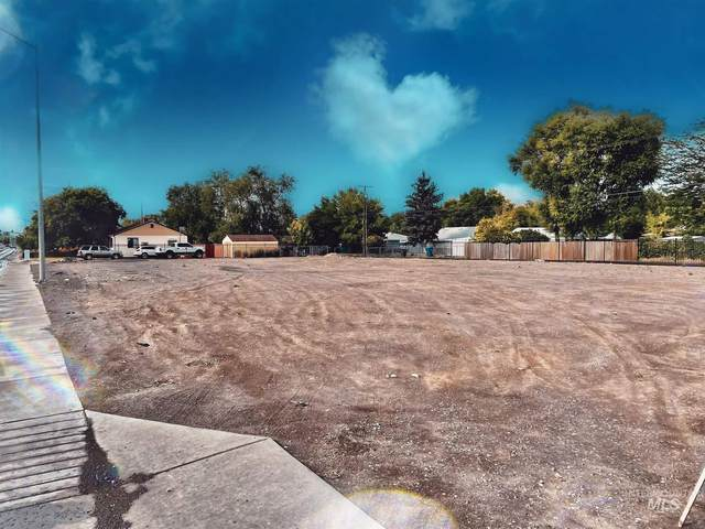 394-408 Washington Street North, Twin Falls, ID 83301 (MLS #98811660) :: Silvercreek Realty Group