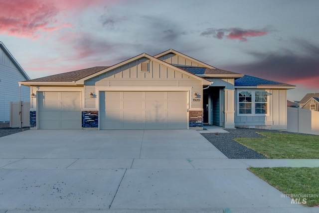 3037 N Moonshadow Ave, Kuna, ID 83634 (MLS #98811726) :: Silvercreek Realty Group